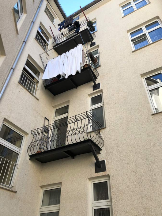 Balkonsanierung-Stahl_Hinterhof