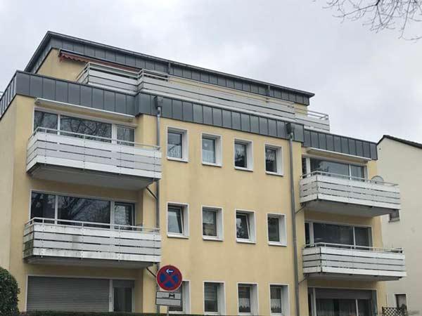 Sanierung-Fassade-Gelaender-Balkone-vorher